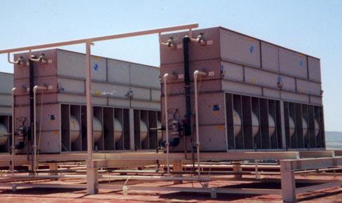 Importancia de un buen tratamiento del agua en torres y condensadores